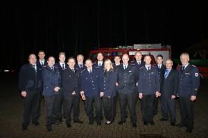 Die beförderten, geehrten, und ernannten Mitgleider der Freiwilligen Feuerwehr West-Mittegroßefehn/Ulbargen